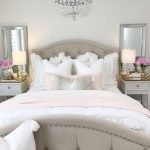 37 Simple Summer Bedroom Decor Ideas (16)