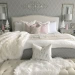 37 Simple Summer Bedroom Decor Ideas (19)