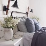 37 Simple Summer Bedroom Decor Ideas (26)