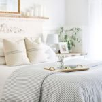 37 Simple Summer Bedroom Decor Ideas (27)