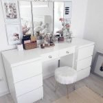 40 Beautiful Make Up Room Ideas In Your Bedroom (2)