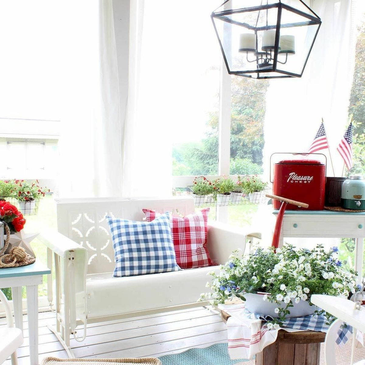 45 Colorful Interior Home Design and Decor Ideas (9)