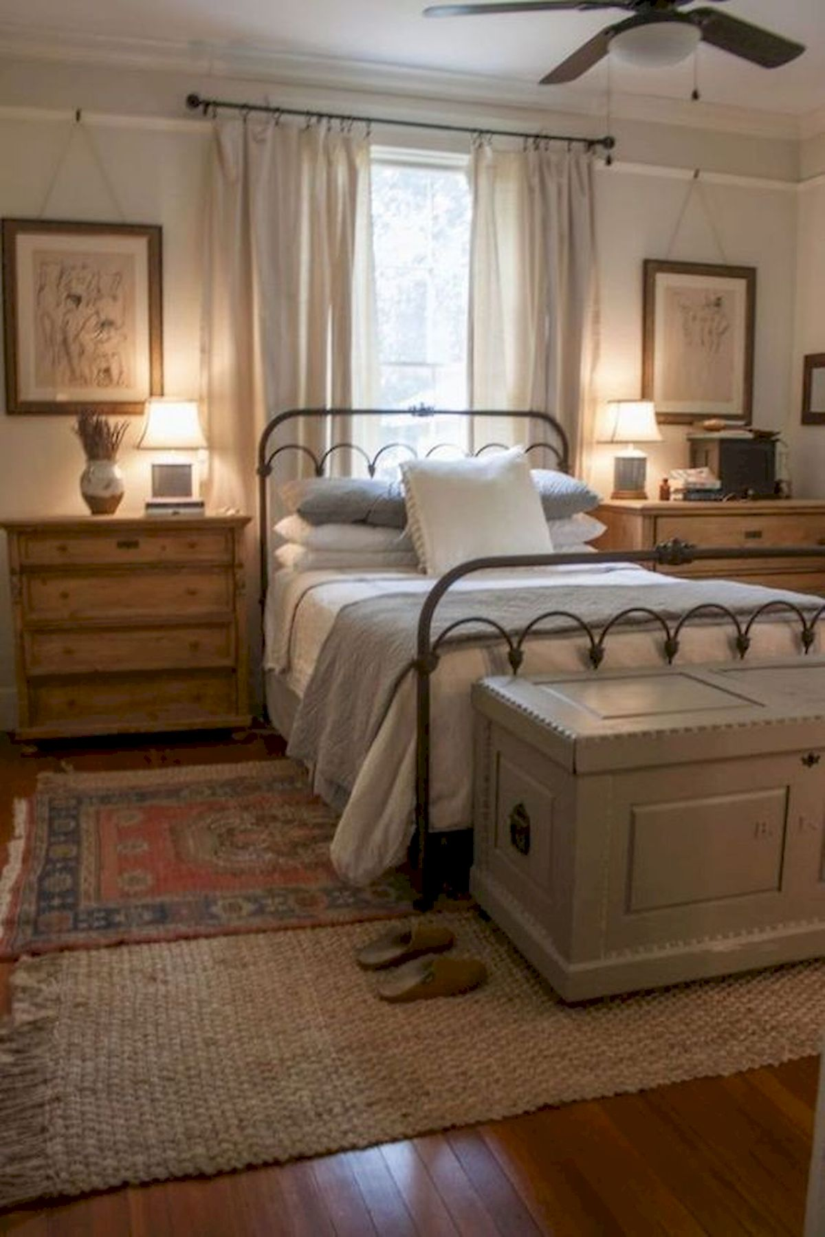 60 Beautiful Bedroom Decor and Design Ideas (10)