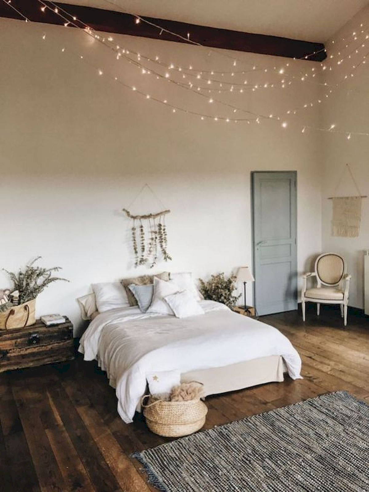 60 Beautiful Bedroom Decor and Design Ideas (36)