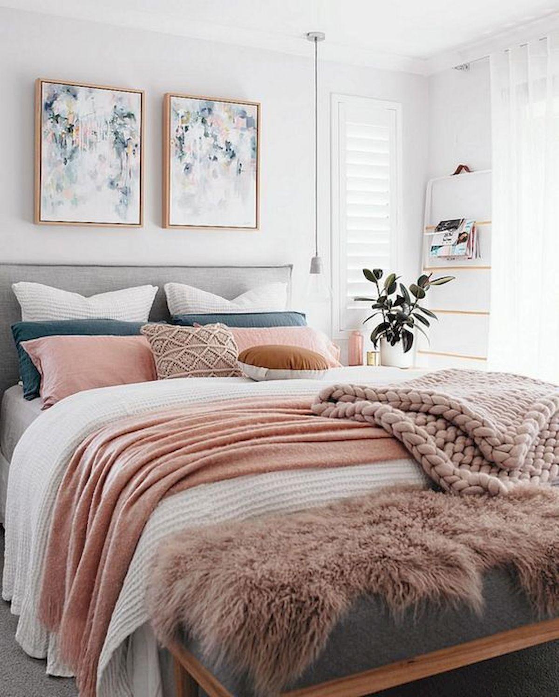 60 Beautiful Bedroom Decor and Design Ideas (45)