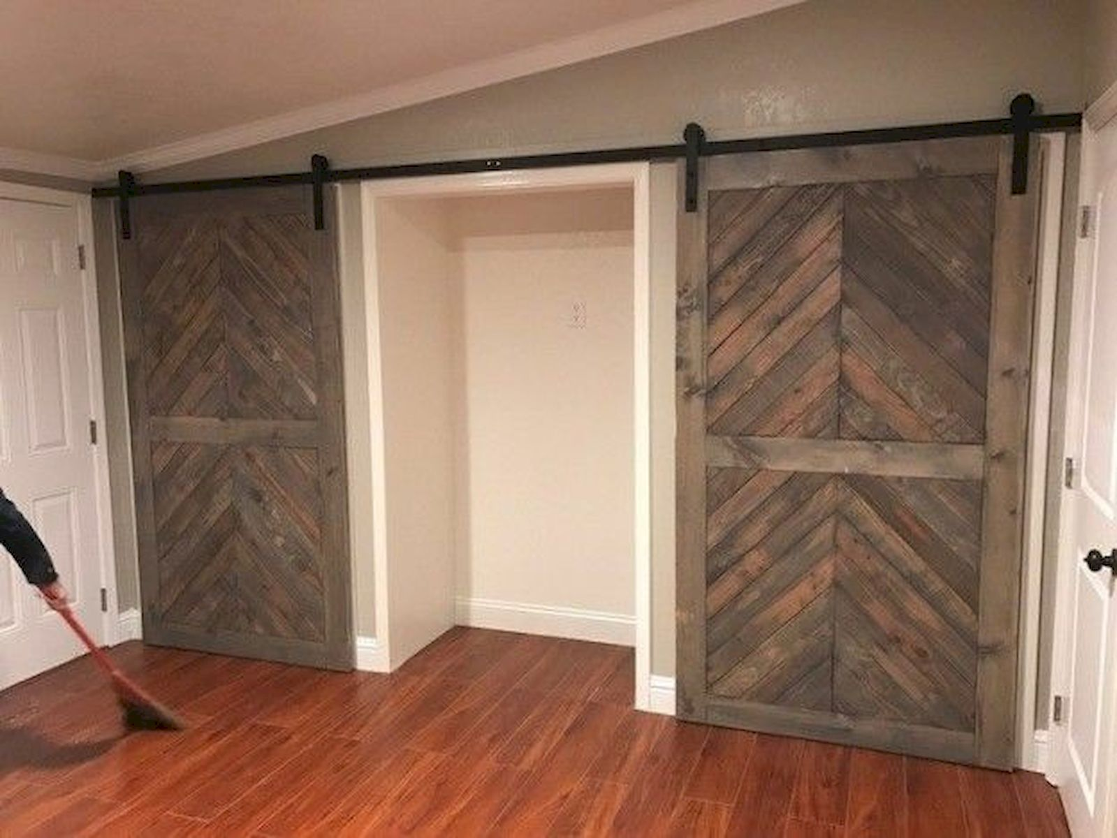 70 Rustic Home Decor Ideas for Doors and Windows (1)