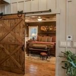 70 Rustic Home Decor Ideas For Doors And Windows (41)