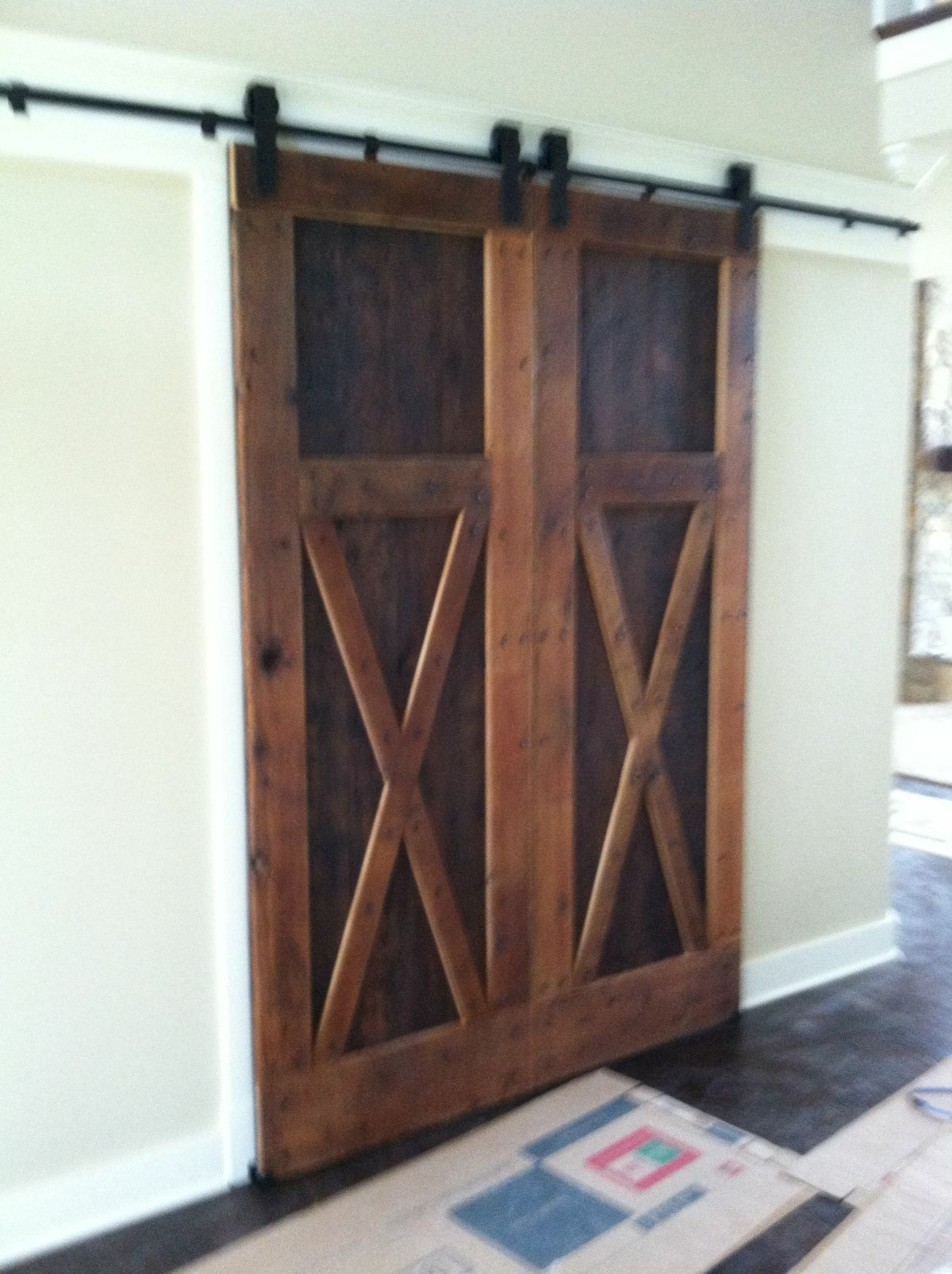 70 Rustic Home Decor Ideas for Doors and Windows (42)