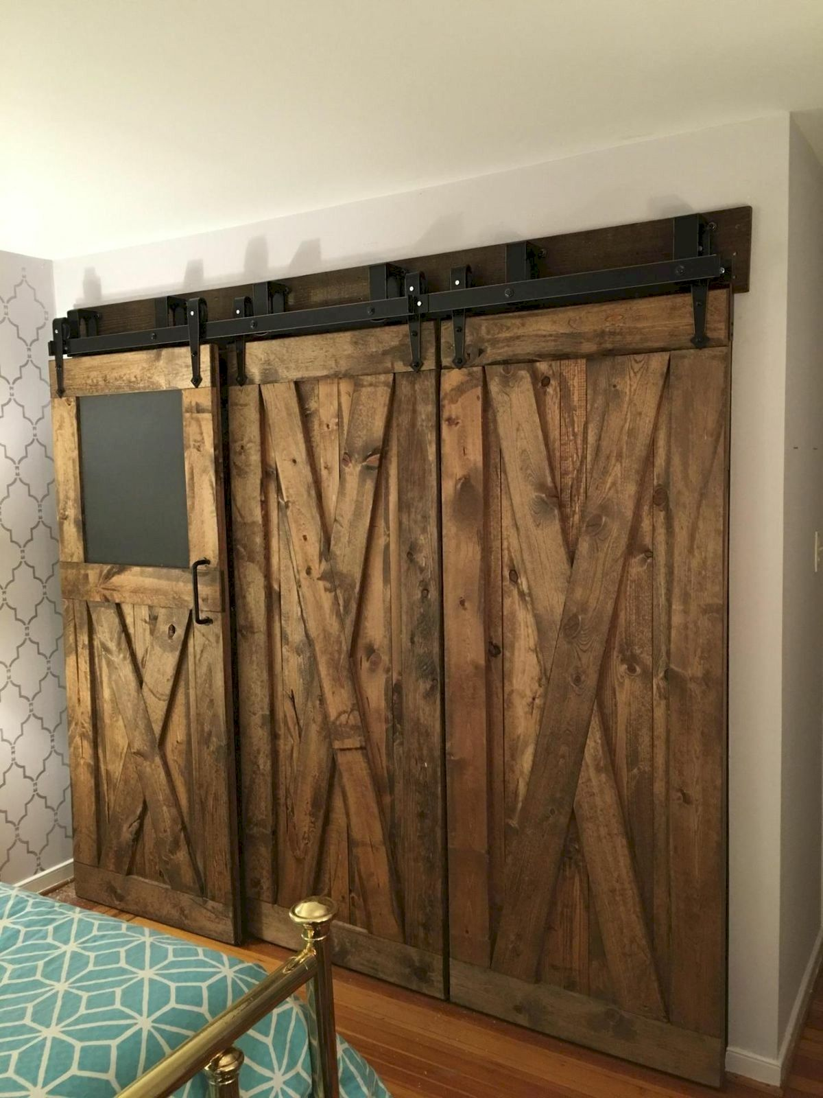 70 Rustic Home Decor Ideas for Doors and Windows (48)