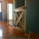70 Rustic Home Decor Ideas For Doors And Windows (58)
