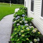 35 Awesome Front Yard Garden Design Ideas (1)