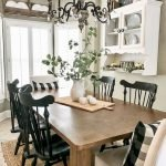 40 Adorable Farmhouse Dining Room Design and Decor Ideas (1)