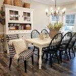 40 Adorable Farmhouse Dining Room Design And Decor Ideas (12)
