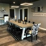 40 Adorable Farmhouse Dining Room Design and Decor Ideas (2)