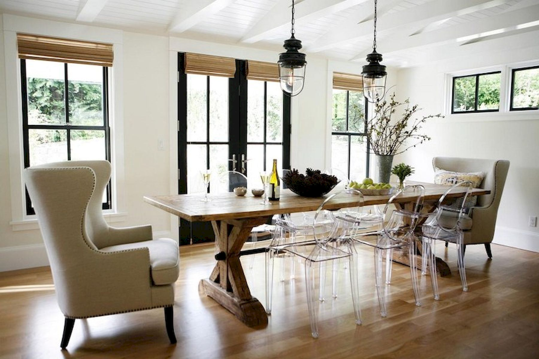 40 Adorable Farmhouse Dining Room Design and Decor Ideas (34)