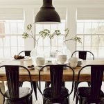 40 Adorable Farmhouse Dining Room Design and Decor Ideas (7)