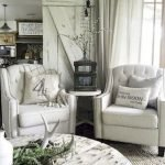 40+ Awesome Farmhouse Design Ideas For Living Room (10)