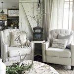 40+ Awesome Farmhouse Design Ideas For Living Room (10)