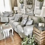 40+ Awesome Farmhouse Design Ideas For Living Room (11)
