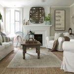40+ Awesome Farmhouse Design Ideas For Living Room (13)