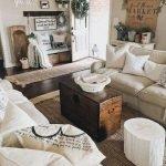 40+ Awesome Farmhouse Design Ideas For Living Room (15)