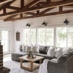 40+ Awesome Farmhouse Design Ideas For Living Room (17)