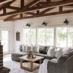 40+ Awesome Farmhouse Design Ideas For Living Room (17)