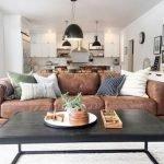 40+ Awesome Farmhouse Design Ideas For Living Room (19)