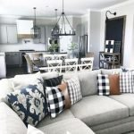 40+ Awesome Farmhouse Design Ideas For Living Room (22)