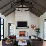 40+ Awesome Farmhouse Design Ideas For Living Room (23)
