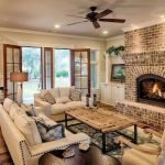 40+ Awesome Farmhouse Design Ideas For Living Room (29)