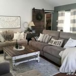 40+ Awesome Farmhouse Design Ideas For Living Room (3)