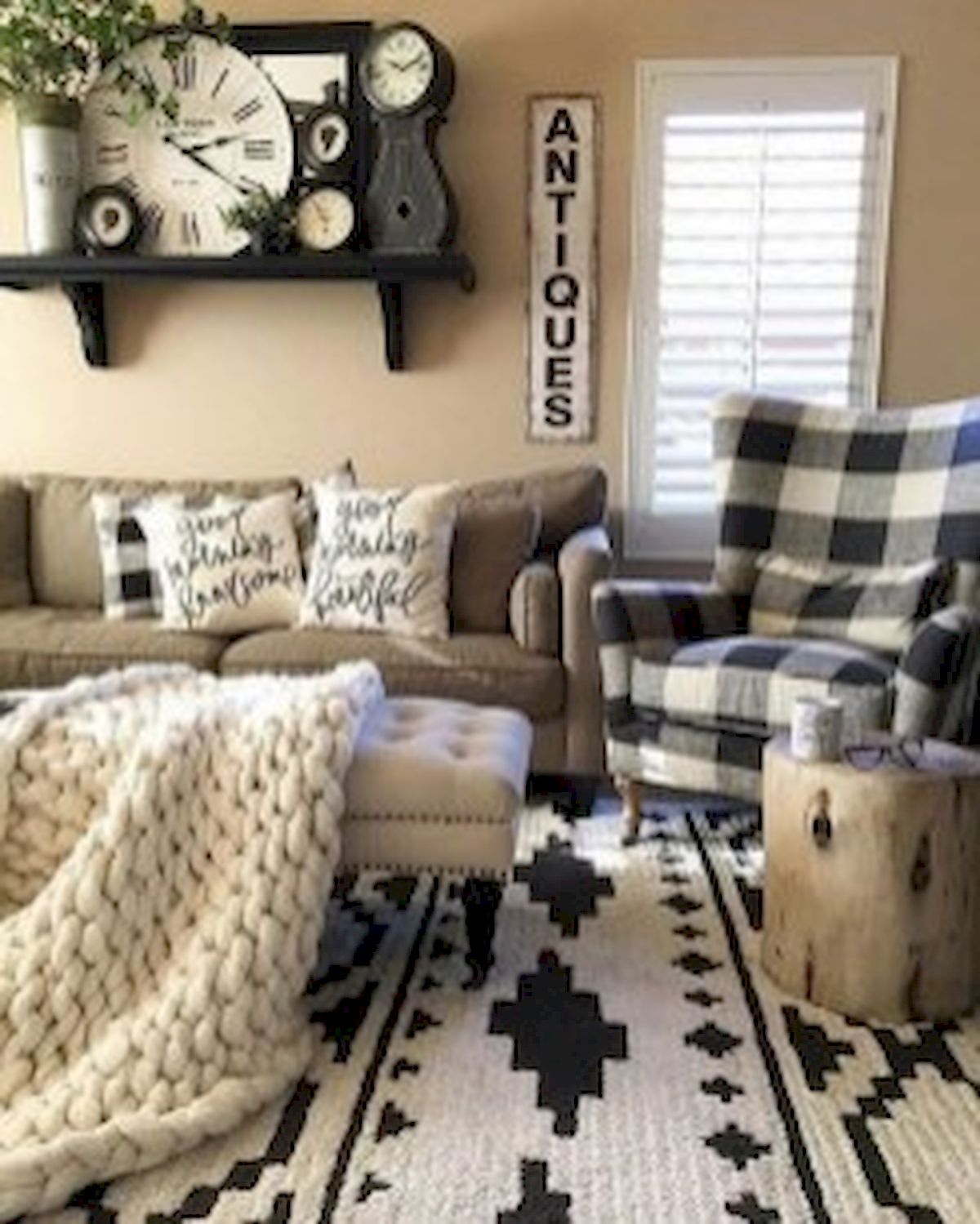 40+ Awesome Farmhouse Design Ideas For Living Room (31)
