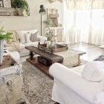 40+ Awesome Farmhouse Design Ideas For Living Room (41)