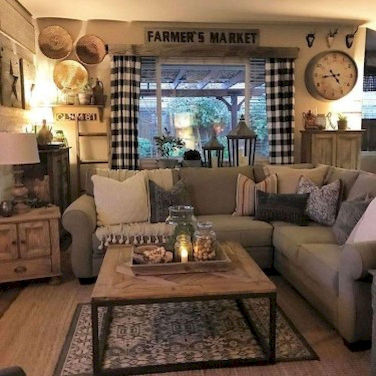 40+ Awesome Farmhouse Design Ideas For Living Room (7)