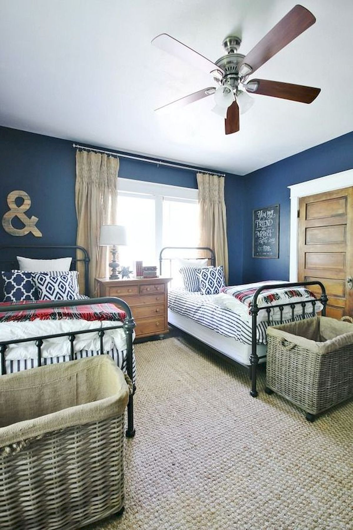 45 Cool Boys Bedroom Ideas to Try at Home (9)