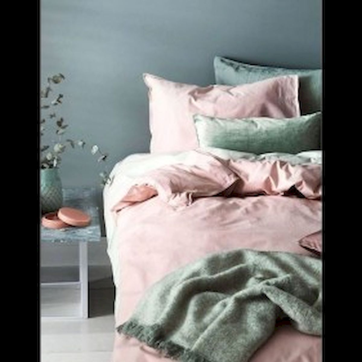 45 Cute Pink Bedroom Design Ideas (16)