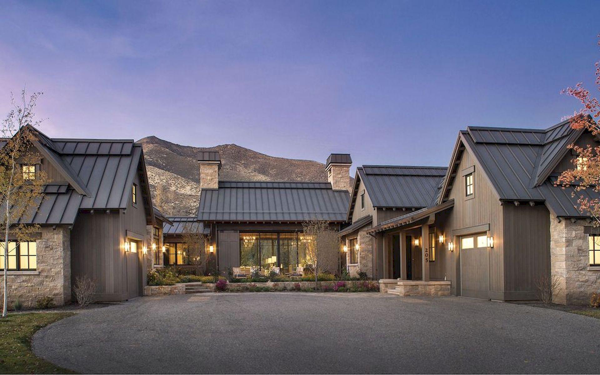 46 Awesome Farmhouse Home Exterior Design Ideas (1)