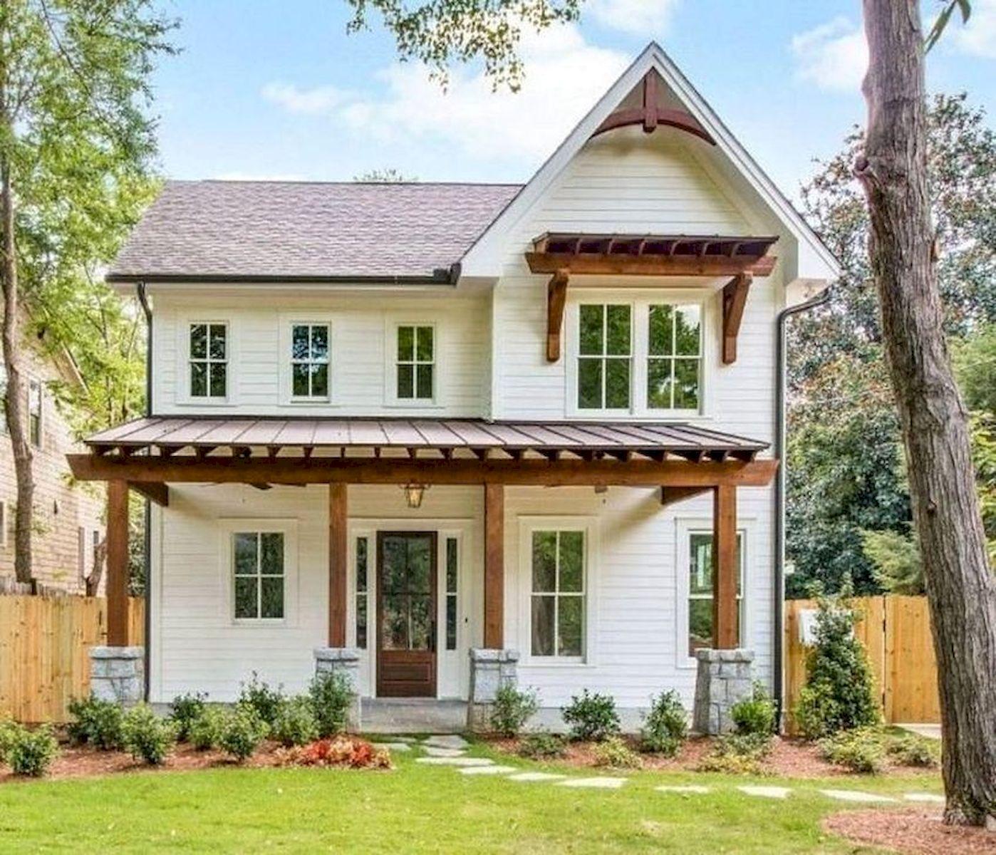 46 Awesome Farmhouse Home Exterior Design Ideas (26)