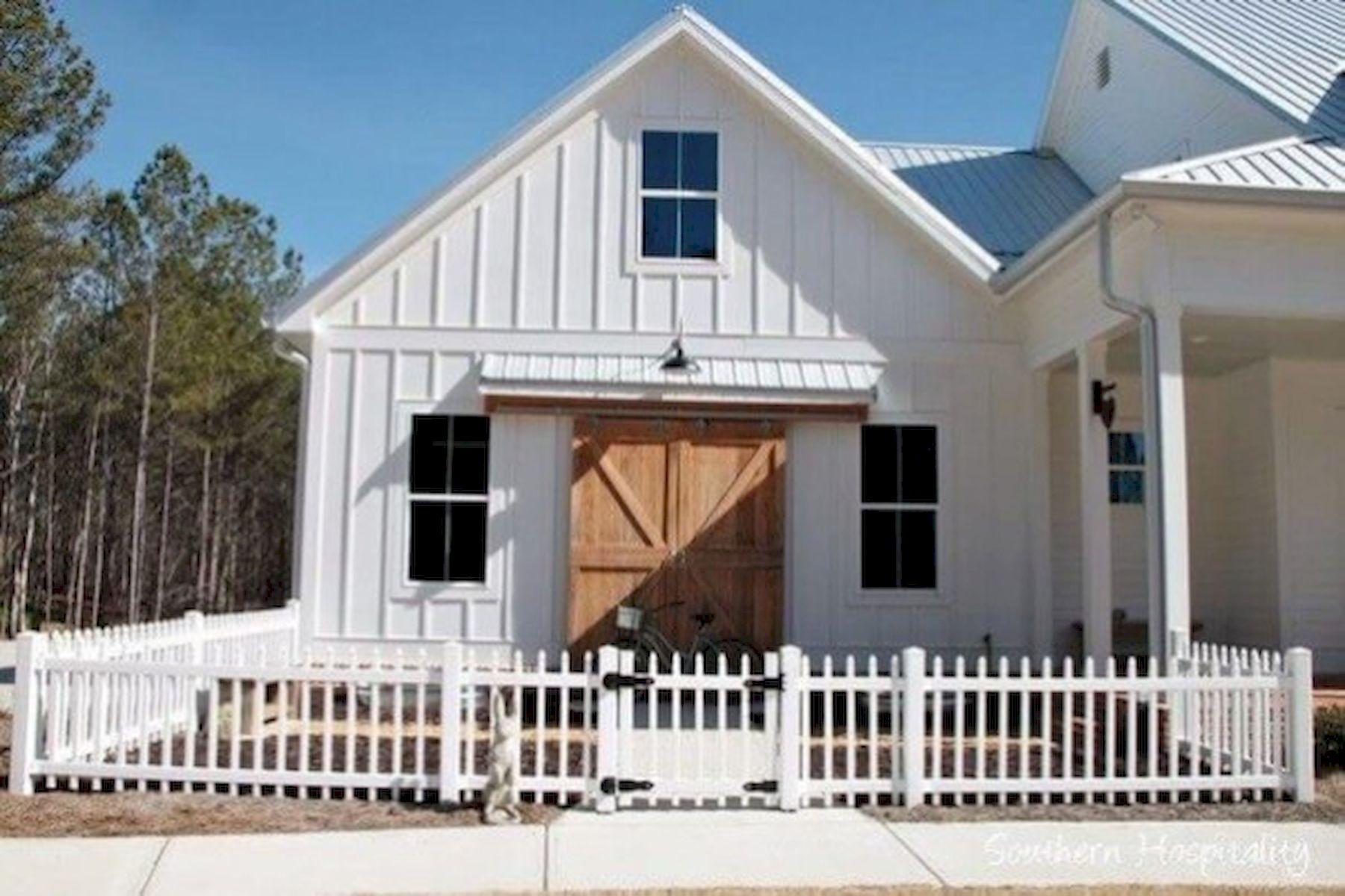 46 Awesome Farmhouse Home Exterior Design Ideas (28)