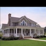 46 Awesome Farmhouse Home Exterior Design Ideas (36)