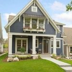 46 Awesome Farmhouse Home Exterior Design Ideas (38)