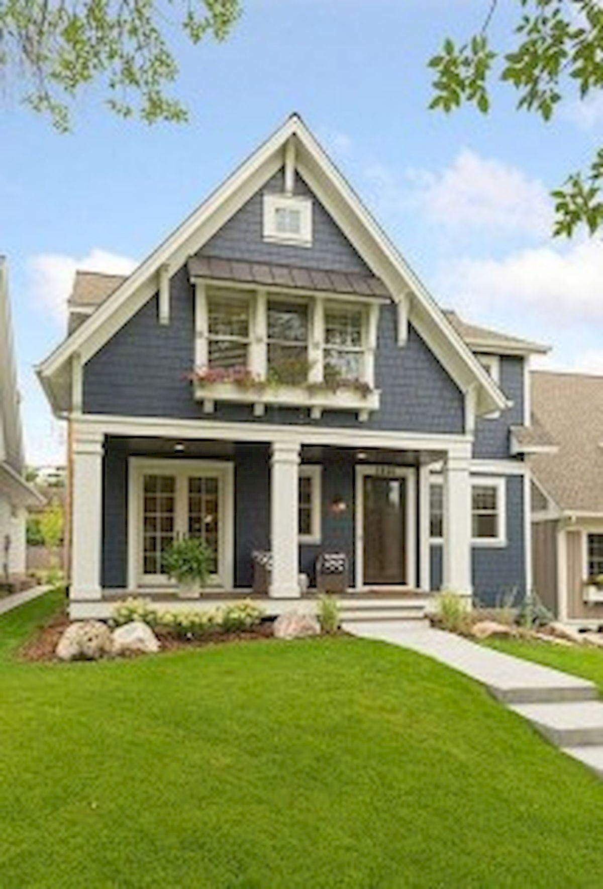 46 Awesome Farmhouse Home Exterior Design Ideas (38)