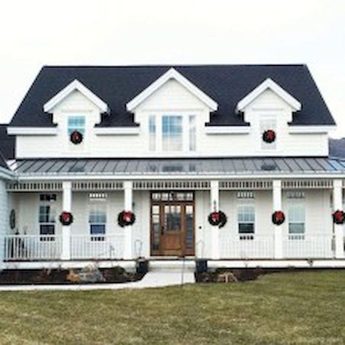 46 Awesome Farmhouse Home Exterior Design Ideas (4)