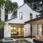 46 Awesome Farmhouse Home Exterior Design Ideas (7)