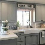 50 Cozy Farmhouse Kitchen Design and Decor Ideas (14)