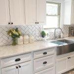 50 Cozy Farmhouse Kitchen Design and Decor Ideas (21)
