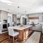 50 Cozy Farmhouse Kitchen Design and Decor Ideas (25)
