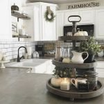 50 Cozy Farmhouse Kitchen Design and Decor Ideas (34)