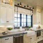 50 Cozy Farmhouse Kitchen Design and Decor Ideas (41)